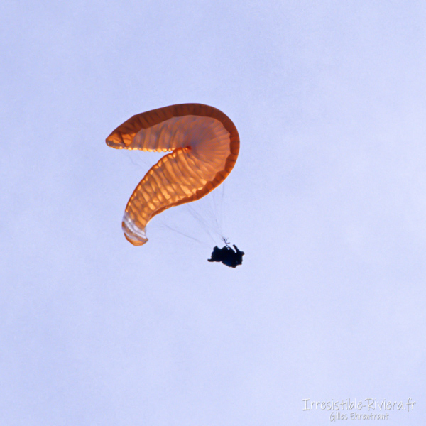 Paragliding incident
